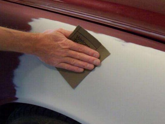 只用一张砂纸,教你如何分辨健康地板