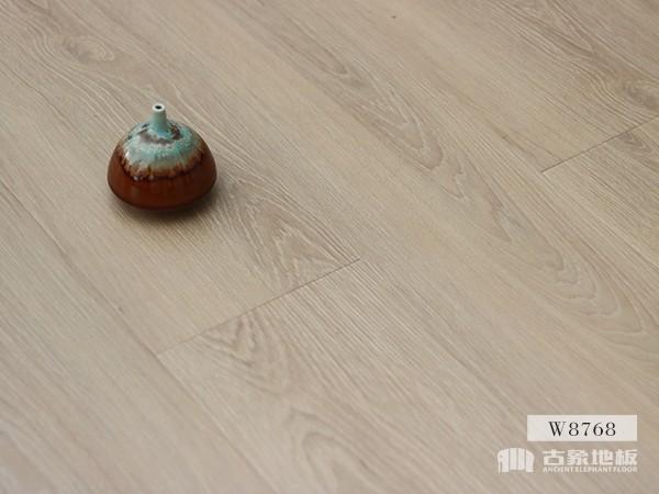 古象强化地板·波尔多黄橡-W8768