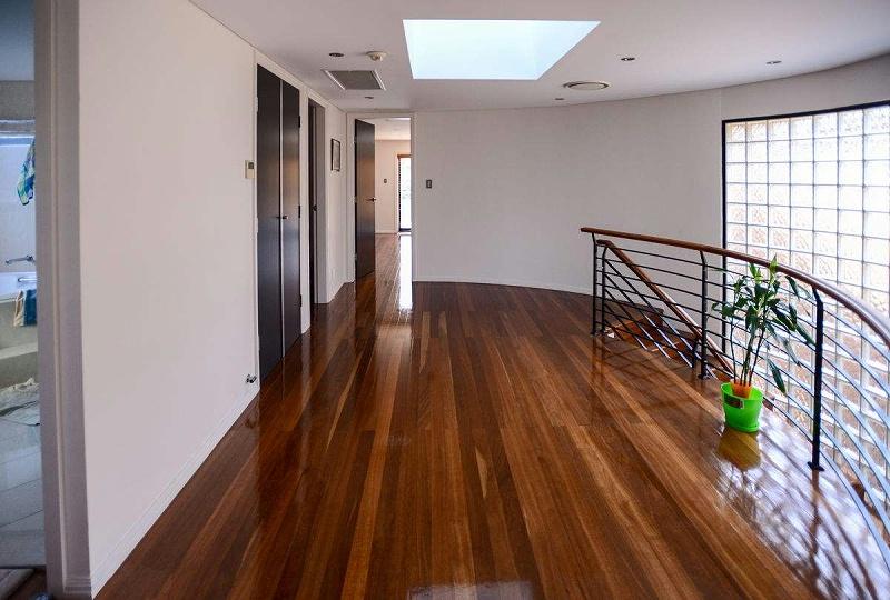 木地板和瓷砖的区别
