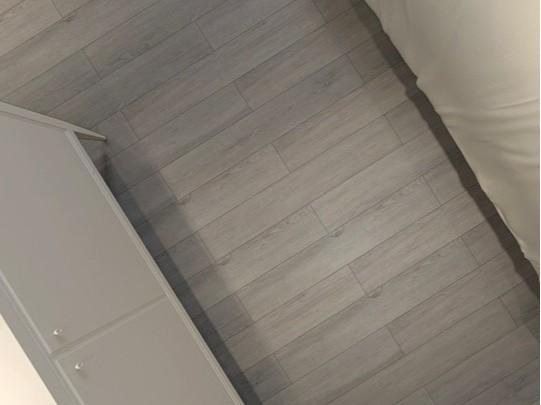 古象强化地板·海森灰橡-J9877