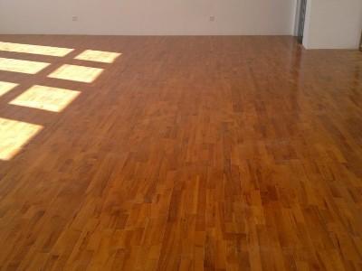 旧地板翻新需要注意哪些方面