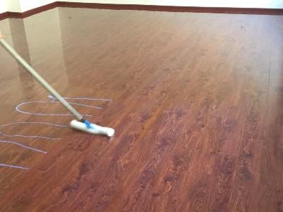 木地板保养三部曲