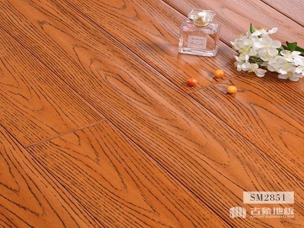 实木地板·红橡仿古(本色)-SM2851