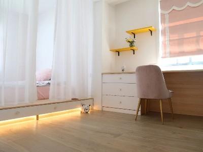 怎么挑选不同房间的地板材质