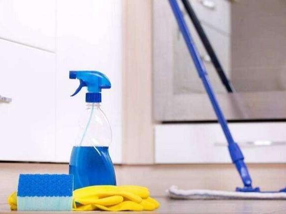 家里木地板老是拖不干净?这几个方法轻松解决