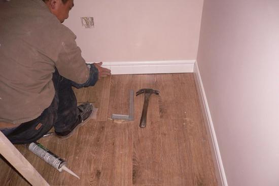 木地板踢脚线