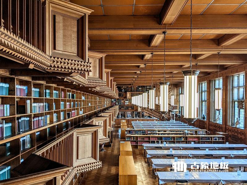 图书馆地板