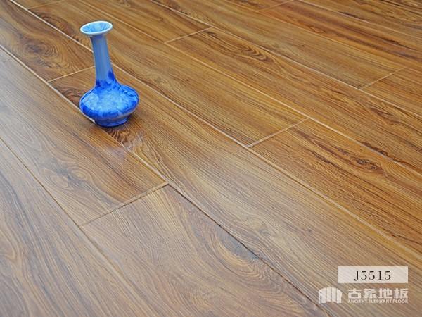 古象强化地板·巧克力橡木J5515
