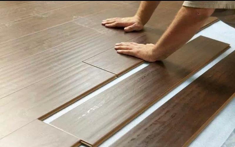 地板安装中