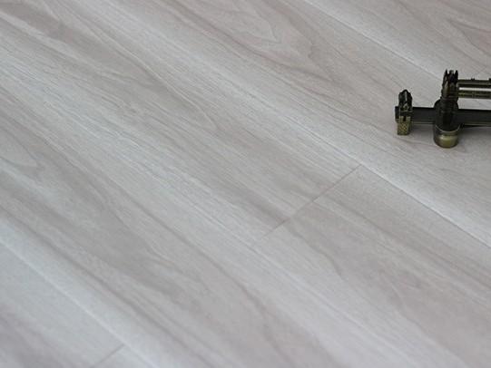 古象强化地板·莫拉斯黄橡-J6578_副本