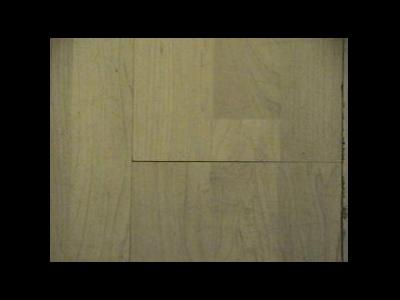 强化地板安装后为什么会出现三角缝